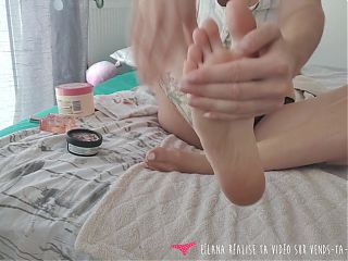 Vends-ta-culotte - French Goddess Foot Care - Foot Fetish