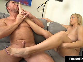 Curvy Big Babe Joslyn Jane Gives Size 10 Footjob!