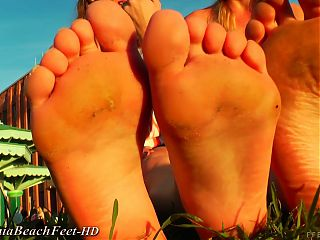 Euro blondes in flats
