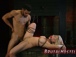 Cop fucks in abandon house xxx Big-breasted