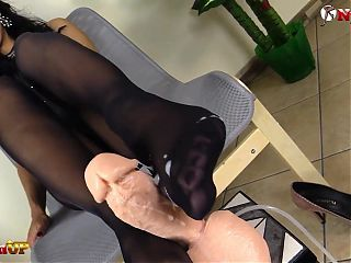 Mistress Alexya footjob wearing pantyhose and stockings
